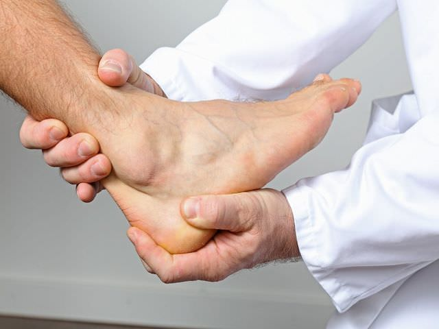 Симптомы артроза голеностопа