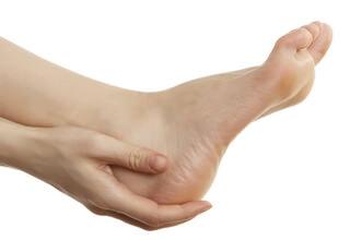 Онемение пятки левой ноги лечение и причины