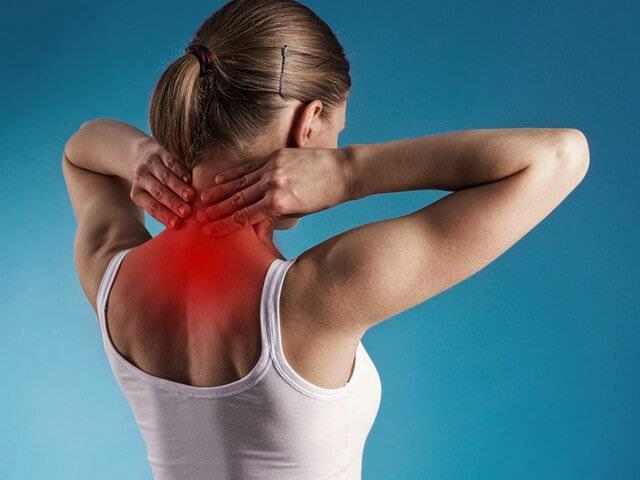 Локализация боли в шеи