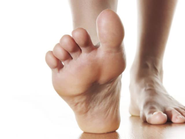 Онемение в суставе большого пальца ноги пястно фаланговый сустав безымянного пальца