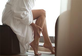 Мышечная слабость в ногах причины и лечение. Ватные ноги и головокружение — причины и что делать
