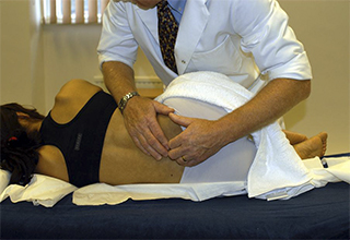 Остеопат это врач который лечит