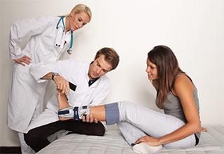 Врач ортопед что лечит, ортопед это какой врач